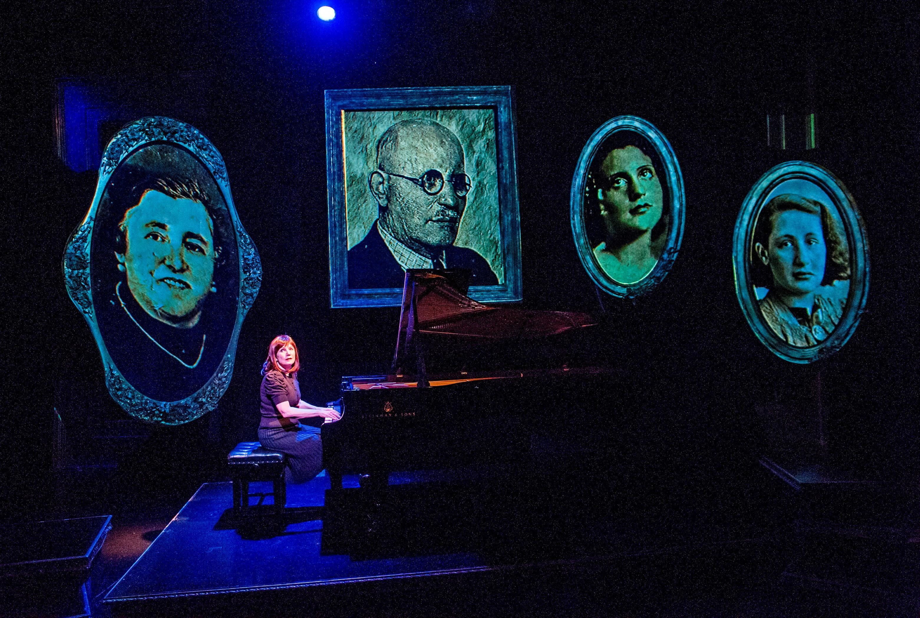 Mona Golabek (Lisa Jura) in The Pianist Of Willesden Lane by Hershey Felder @ St James Theatre. Directed by Hershey Felder (Opening 21-01-16) ©Tristram Kenton 01/16 (3 Raveley Street, LONDON NW5 2HX TEL 0207 267 5550 Mob 07973 617 355)email: tristram@tristramkenton.com