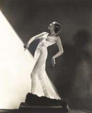 Night and Day: 1930s Fashion & Photographs. Review by Barbara Lewis.