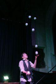 Matthew Green juggling by Laney Tamplin