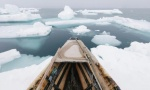 Umiaq and North wind during spring whaling.
